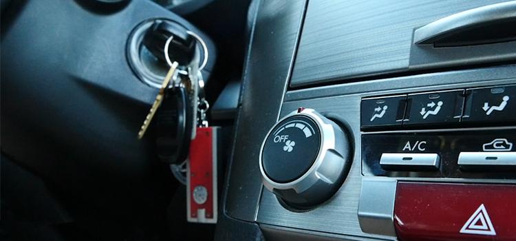 Car keys_ignition